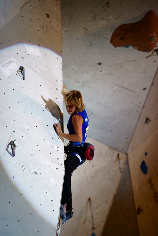 Climbing an indoor arete., 76 kb
