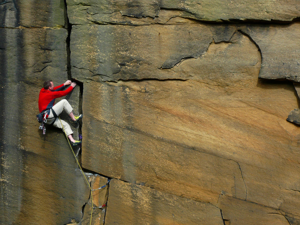 John Dunne on Forked Lighting Crack E2 at Heptonstall, 215 kb
