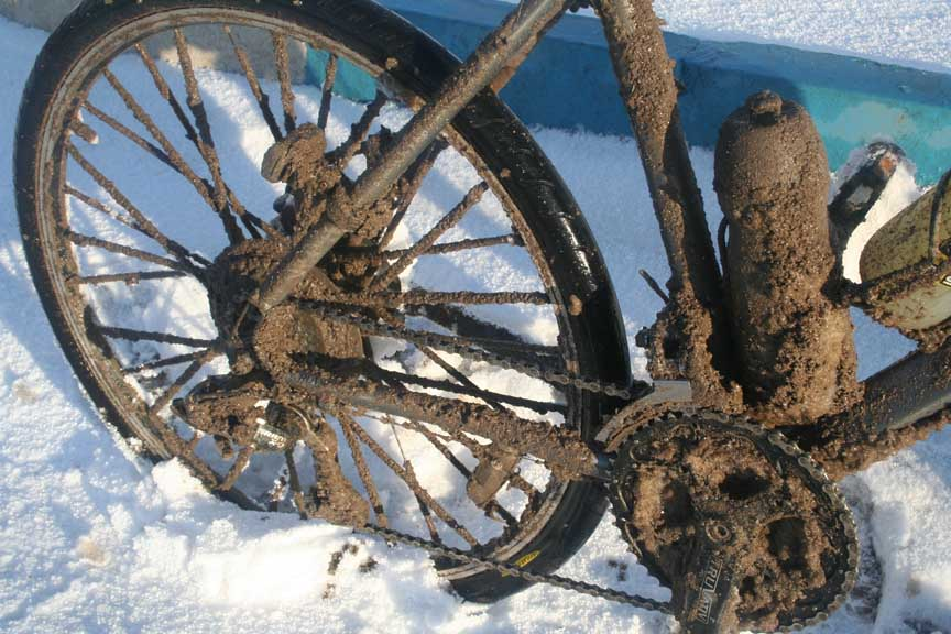 Biking in the worst winter condition Turkey had seen in 30 years, 99 kb