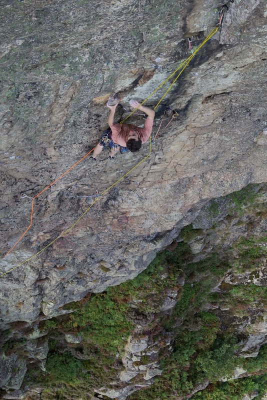 James McHaffie on the lower groove of Dawes... the technical crux is at the top of this groove., 150 kb