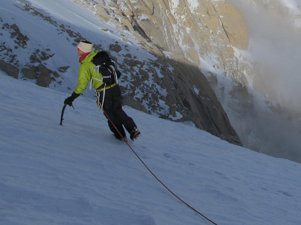 Jon on the approach to the Cassin. Patagonia M10 Jacket, Acteryx pants, MHW Scrambler pack. © Magnus Kastengren, 134 kb