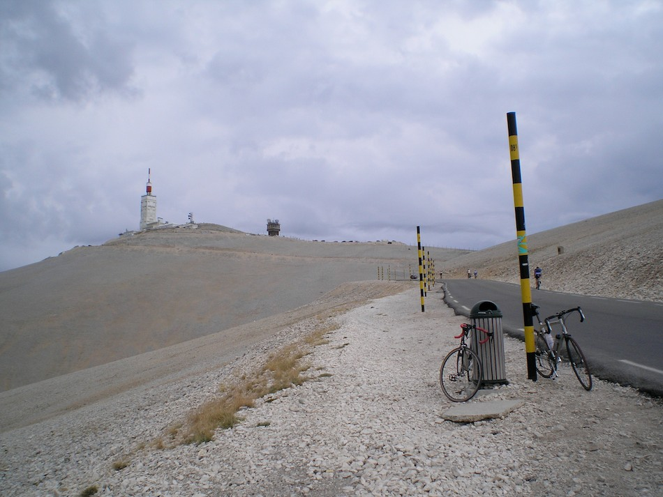 The barren summit of Mont Ventoux, 143 kb