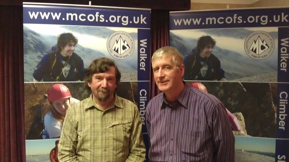 Brian (right) with outgoing president Chris Townsend, 104 kb