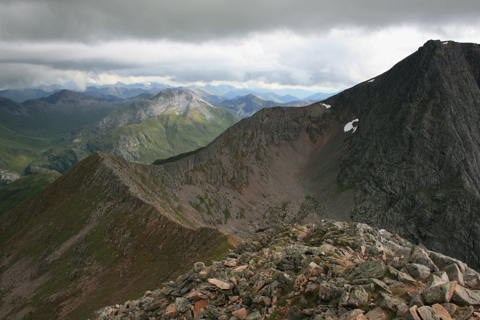 Carn Mor Dearg Arete and Ben Nevis , 130 kb