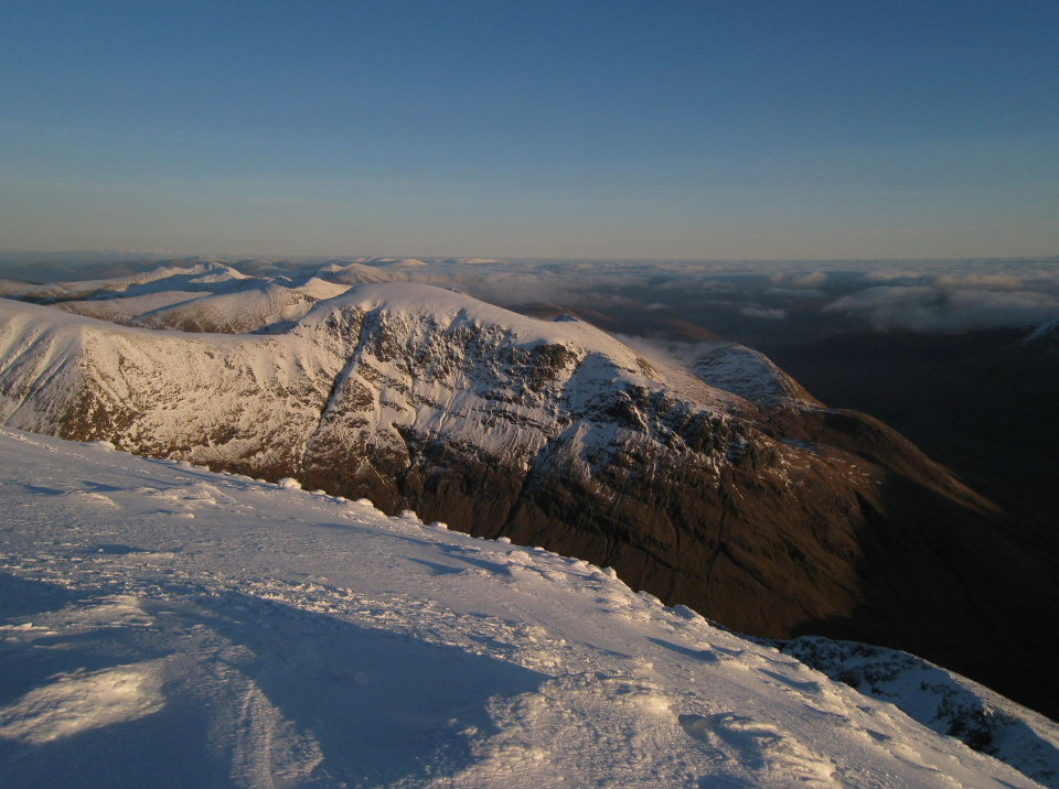 Aonach Beag from Ben Nevis at the top of the climb from CMD Arete, 126 kb