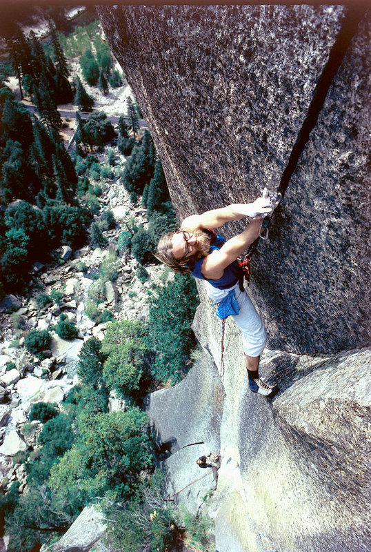 Ray Jardine using his Friends on the first ascent of the Phoenix 5.13a. Yosemite, 1977., 218 kb