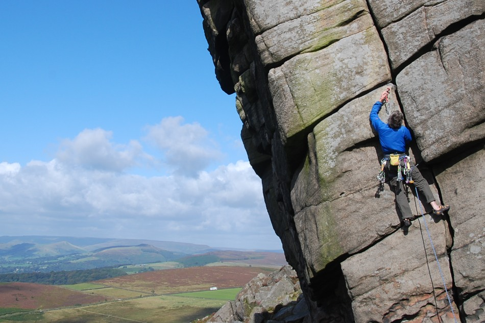 Helium Cam on the File at Higgar Tor, 154 kb