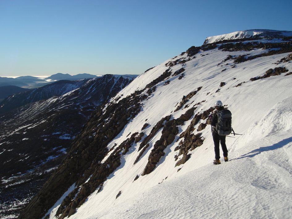 Above Ben Macdui's Coire Sputan Dearg, 111 kb