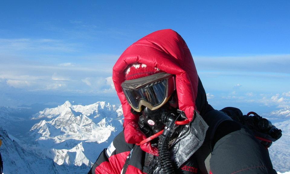 Pauline on the summit of Everest, 94 kb