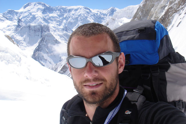 Ricky Munday on the KHan Tengri Expedition 2006, 54 kb