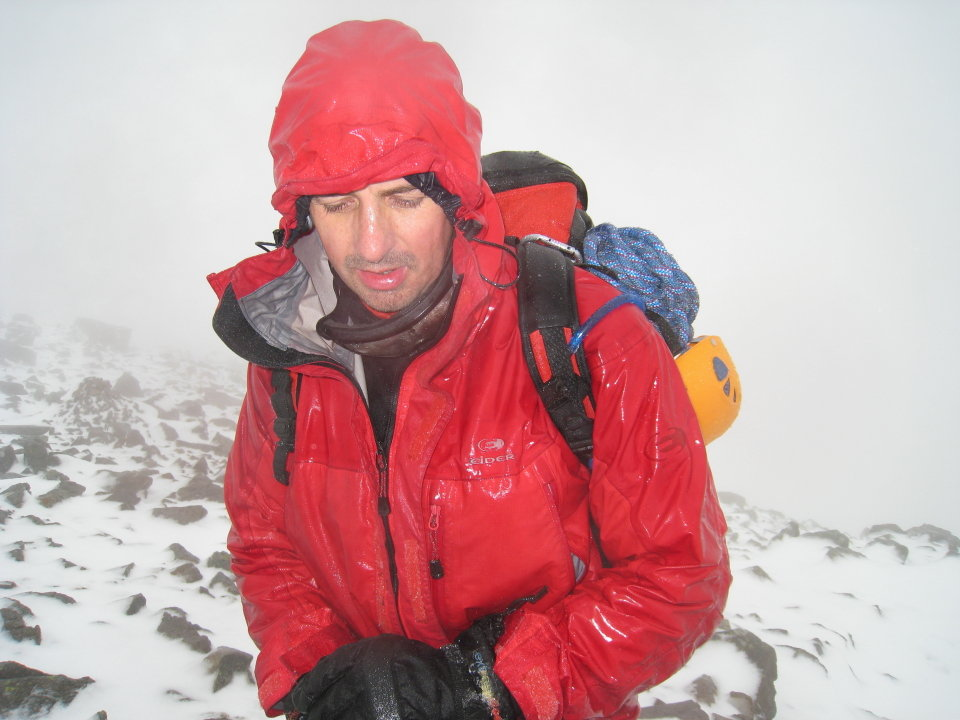 A sudden thaw hits Great Gable, 98 kb
