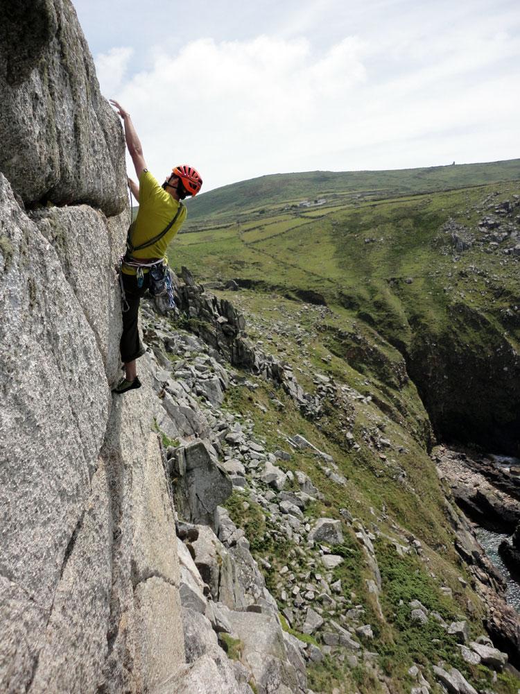 Mark climbing the Bosigran classic of Little Brown Jug, 227 kb