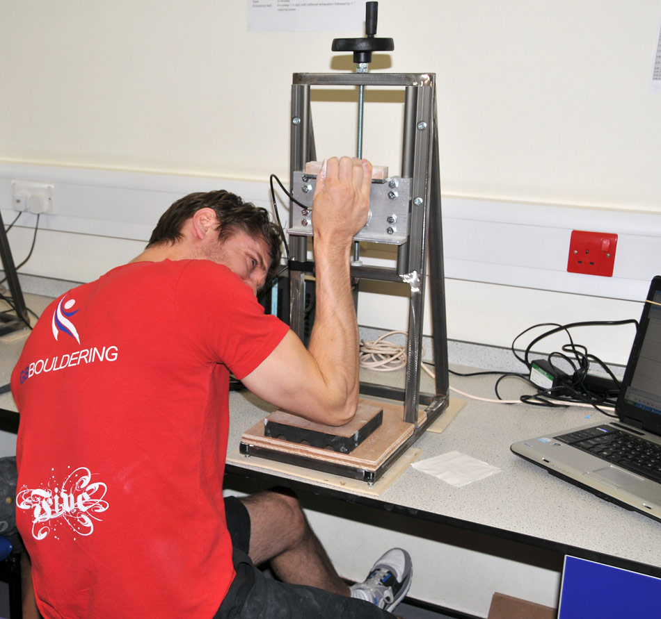Jon Partridge completing the Maximal Finger Strength Test, 143 kb