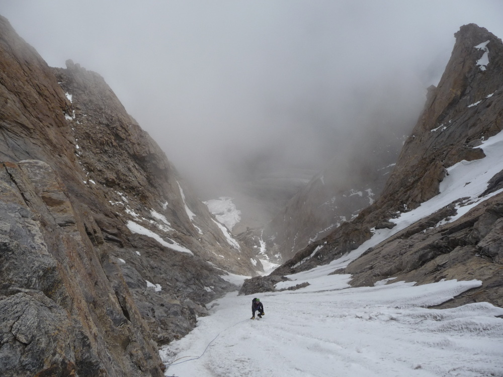Looking down the gulley on Lama Jimsa Kangri., 220 kb