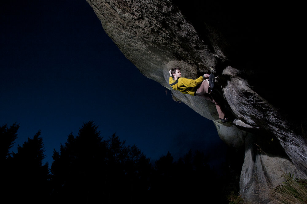 Dan Varian on his new problem at Back Bowden - Black Triage, Font 8a. Where the hell does it go now?! There's no holds!, 97 kb
