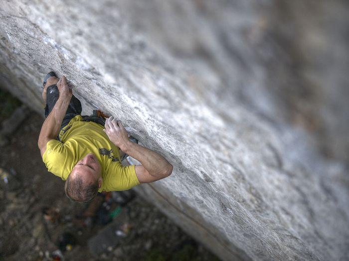 Cedric Lachat on Speed intégrale, 9a, Voralpsee, Swizerland, 60 kb