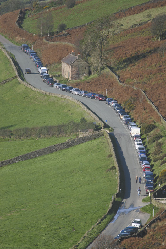 Parking at the Roaches, 139 kb