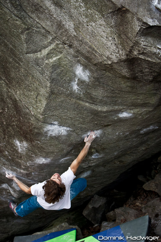 Guntram Jörg on Big Paw, 8B+/C, Chironico, Switzerland, 157 kb