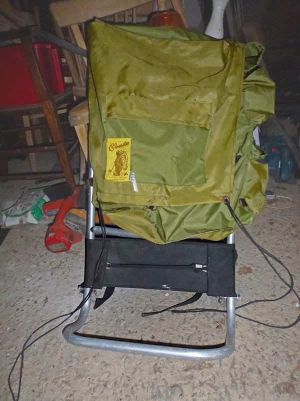 An old rucksack, 123 kb