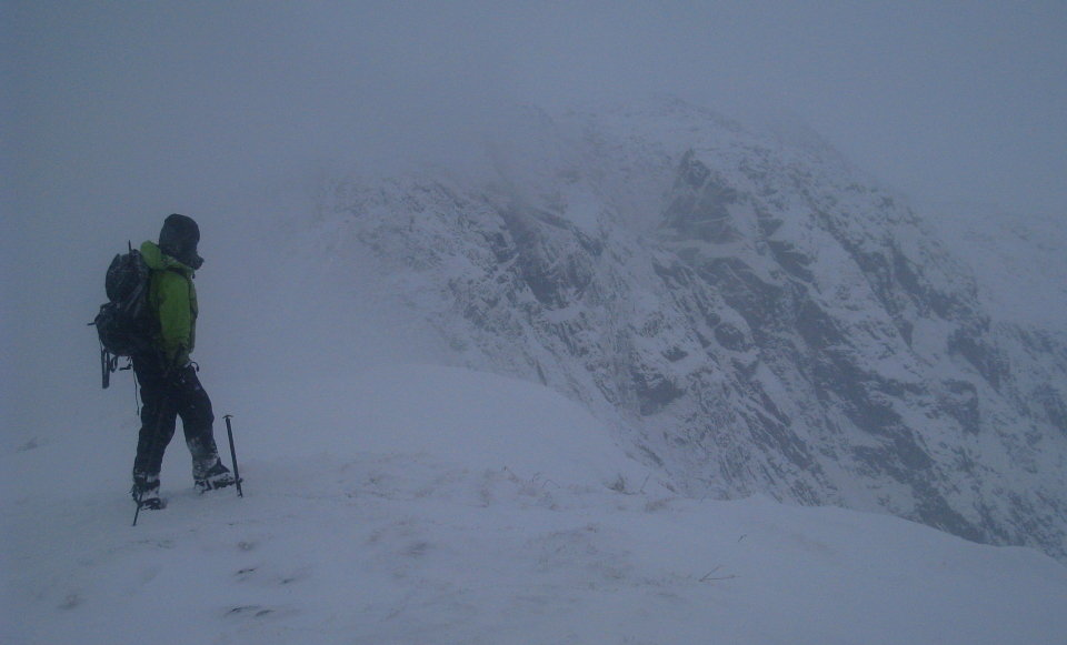 Hostile weather in the Carneddau - hard to tell where ground and sky meet, 58 kb