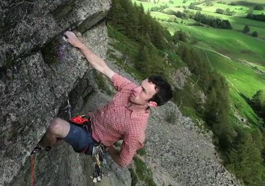 James McHaffie onsighting Dawes Rides a Shovel Head, E8 6c, Raven Crag, 86 kb