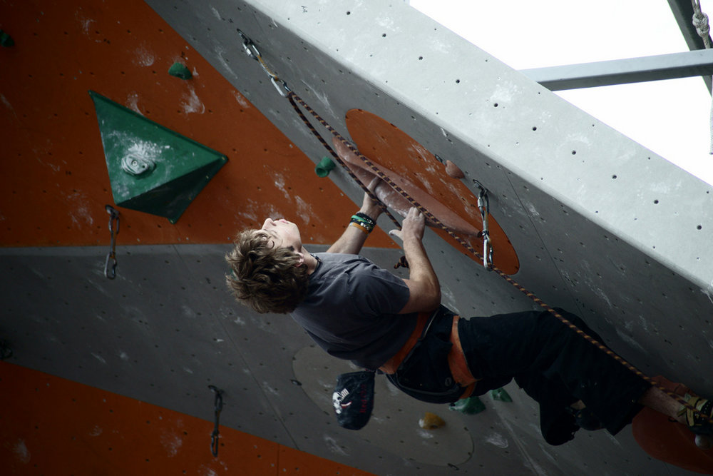 Robbie Phillips - steep dynamic climbing - a topic covered in this article, 98 kb