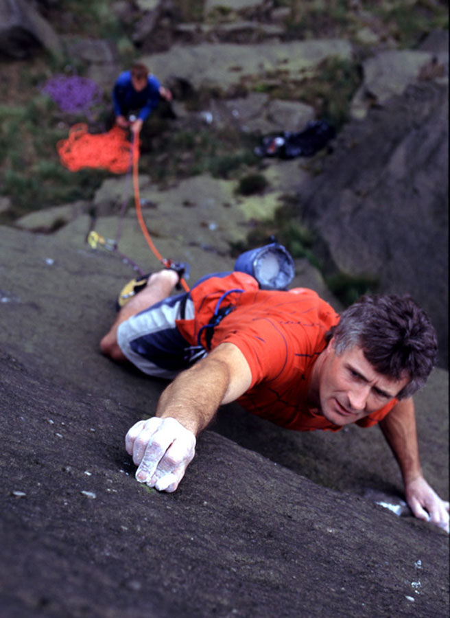 Kevin Thaw on his home crag of Wimberrry - on Charm - E3, 109 kb