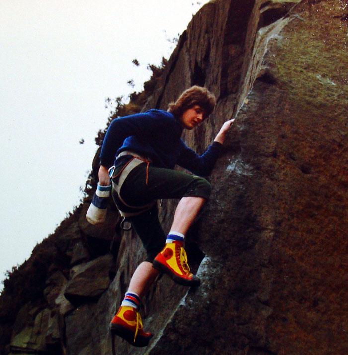 Kevin Thaw climbing in Den Lane Quarry, Lancashire, 118 kb