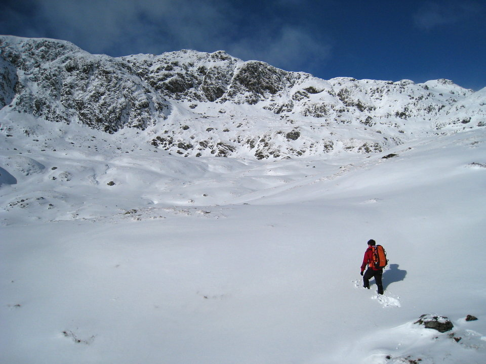 Walking in deep snow is energy sapping - below Cam Chreag, 121 kb