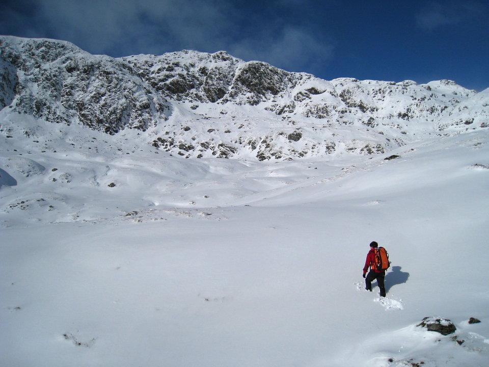 Walking in deep snow is energy sapping - below Cam Chreag, 121 kb