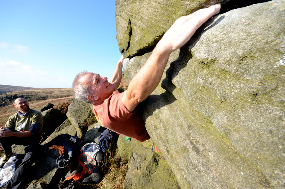 Jerry Peel, one of the pioneers of modern bouldering, strutting his stuff on a cold but sunny day., 184 kb