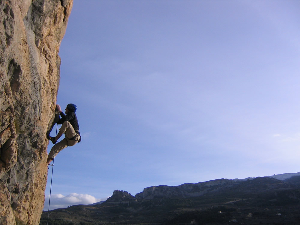 Climbing at Abdet, 111 kb
