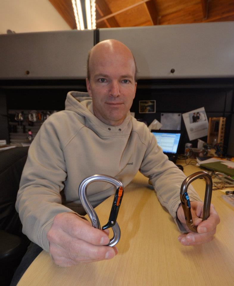 Bill Belcourt, Black Diamond Climbing Product Manager with  RockLock and GridLock karabiners using Magnetron Technology™, 74 kb
