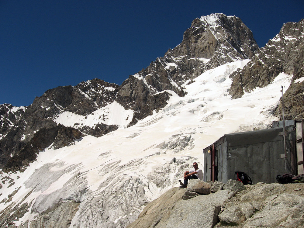 The old Gervasutti hut, 248 kb