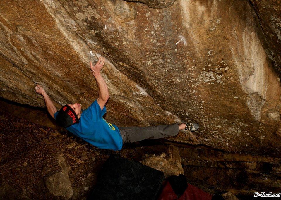 Daniel Woods on Mind in Motion, 8B+, Nicky's boulders/Elkland, Colorado, 163 kb