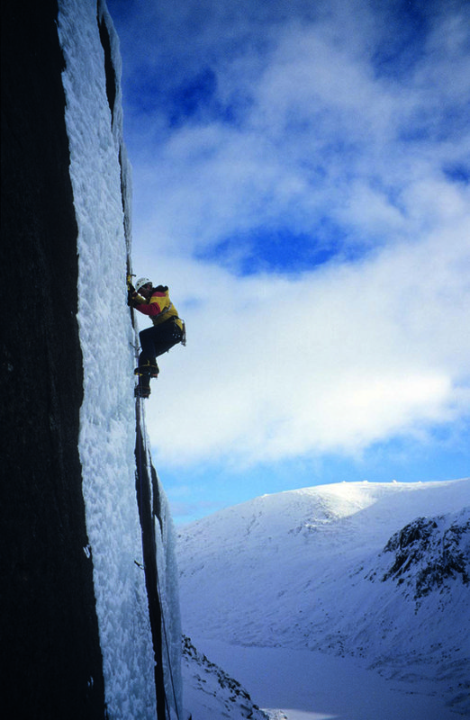 Cicerone Winter Climbs in the Cairngorms image, 214 kb