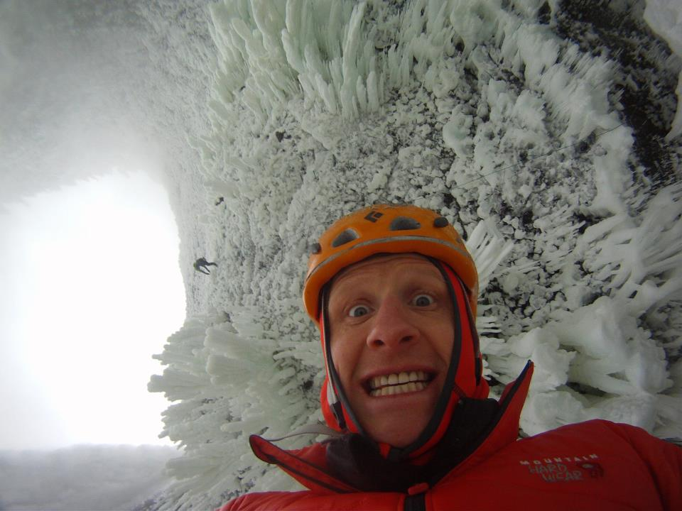 Tim Emmett underneath Spray On - look at that ice!, 79 kb