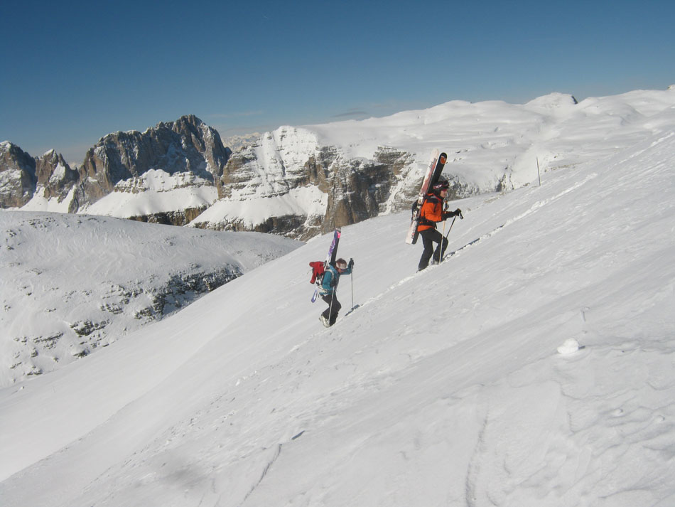 Lynne Hempton and James Rushforth touring on top of the Sella, 105 kb