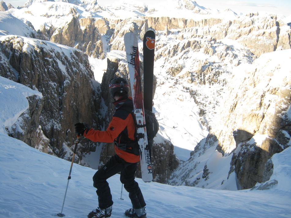 James Rushforth looking down Val Setus, the Sella, 197 kb