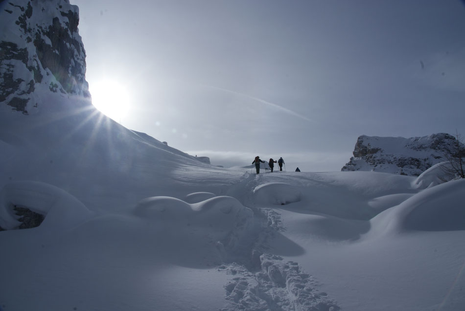 Walking into the icefalls, 54 kb