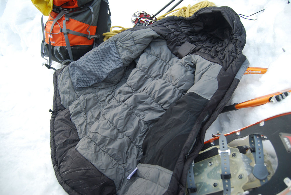 Inside the jacket showing the EXL stitching and internal pockets , 141 kb