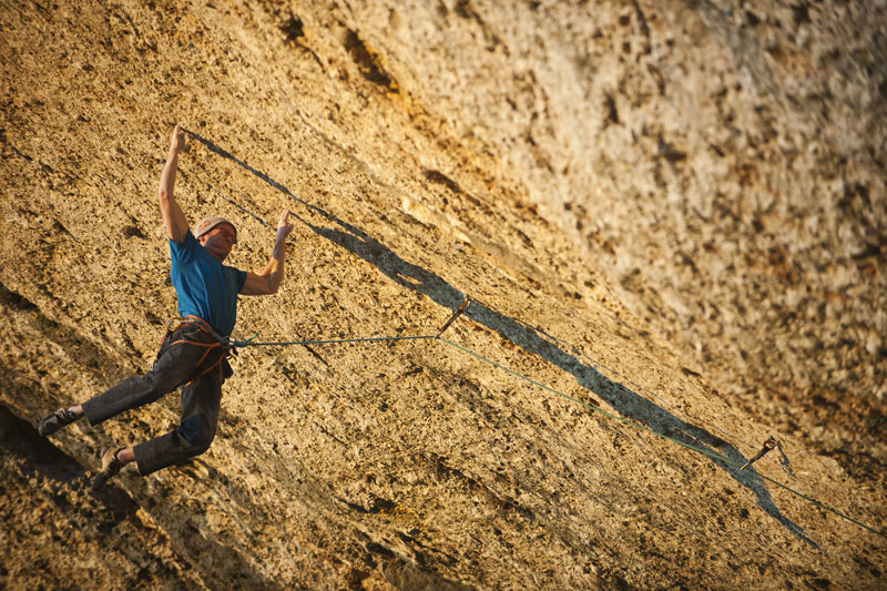 Iker Pou on Nix de bruixes, 9a+. Margalef, 174 kb