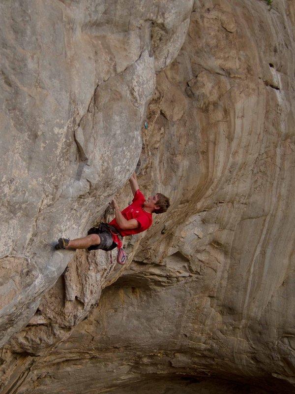 James Pearson on Nix für Lutscher, 8c+, Bukit Keteri, Malaysia, 125 kb
