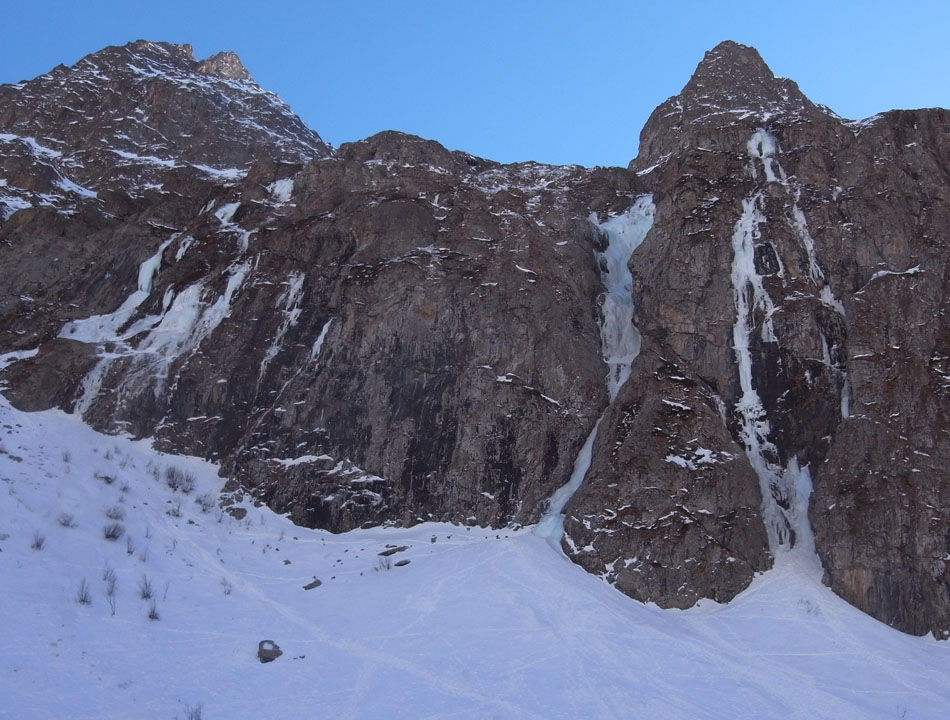 The north facing side of Vallon du Diable, 171 kb
