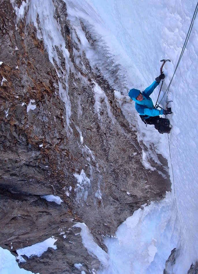 Ester Whitehead making short work of the sustained pitch 2, 207 kb