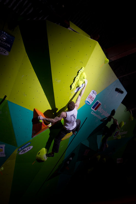 Ned Fehally performs in the CWIF final 2011, 72 kb