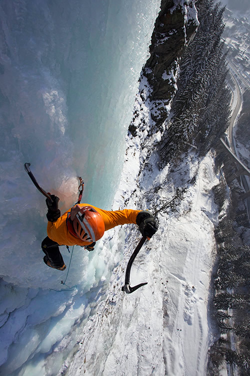 Ueli Steck on the classic WI5 of Les Houches, Chamonix Valley, using the Petzl Nomic axes, 140 kb