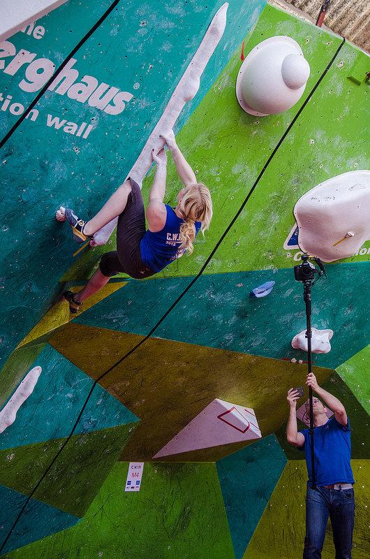 Leah Crane in the women's semi final in the CWIF 2012, 167 kb