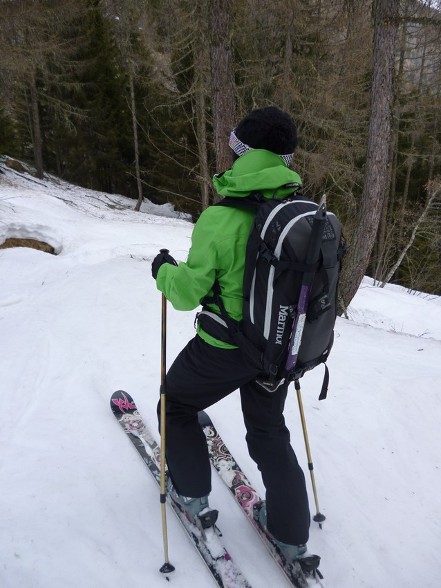Skiing out of the Berard Valley., 129 kb