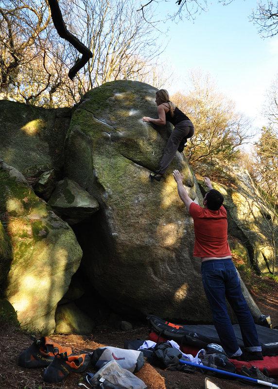 Mina Leslie-Wujastyk climbing PreperationH, Hepburn (Font 8A), 197 kb